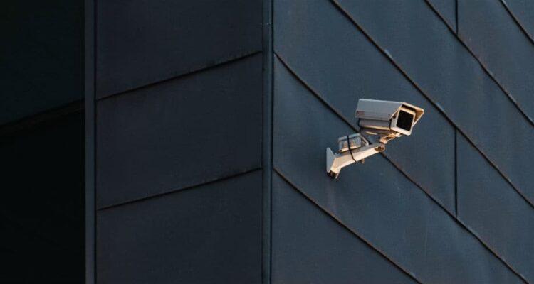 Sikkerhedsdør i din butik beskytter mod tyveri